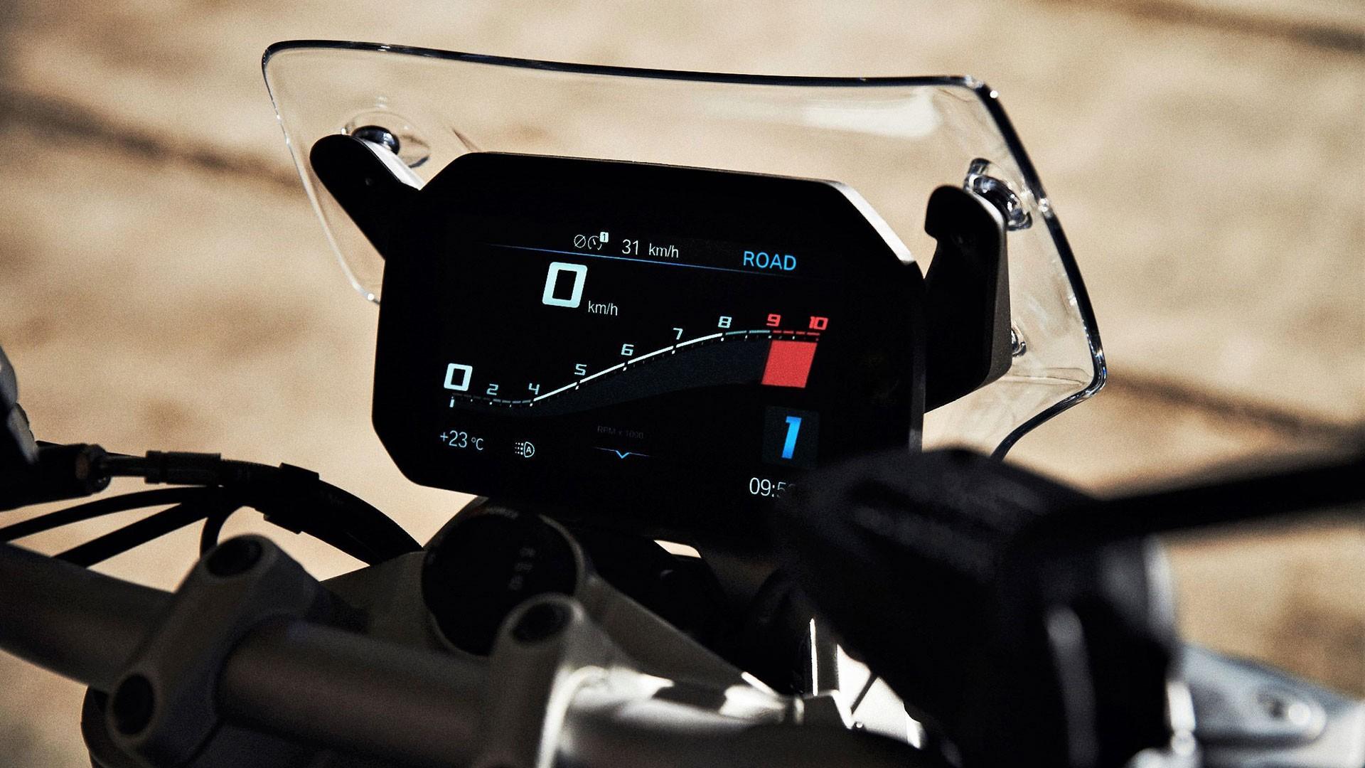Кольоровий TFT-дисплей з високою роздільною здатністю.