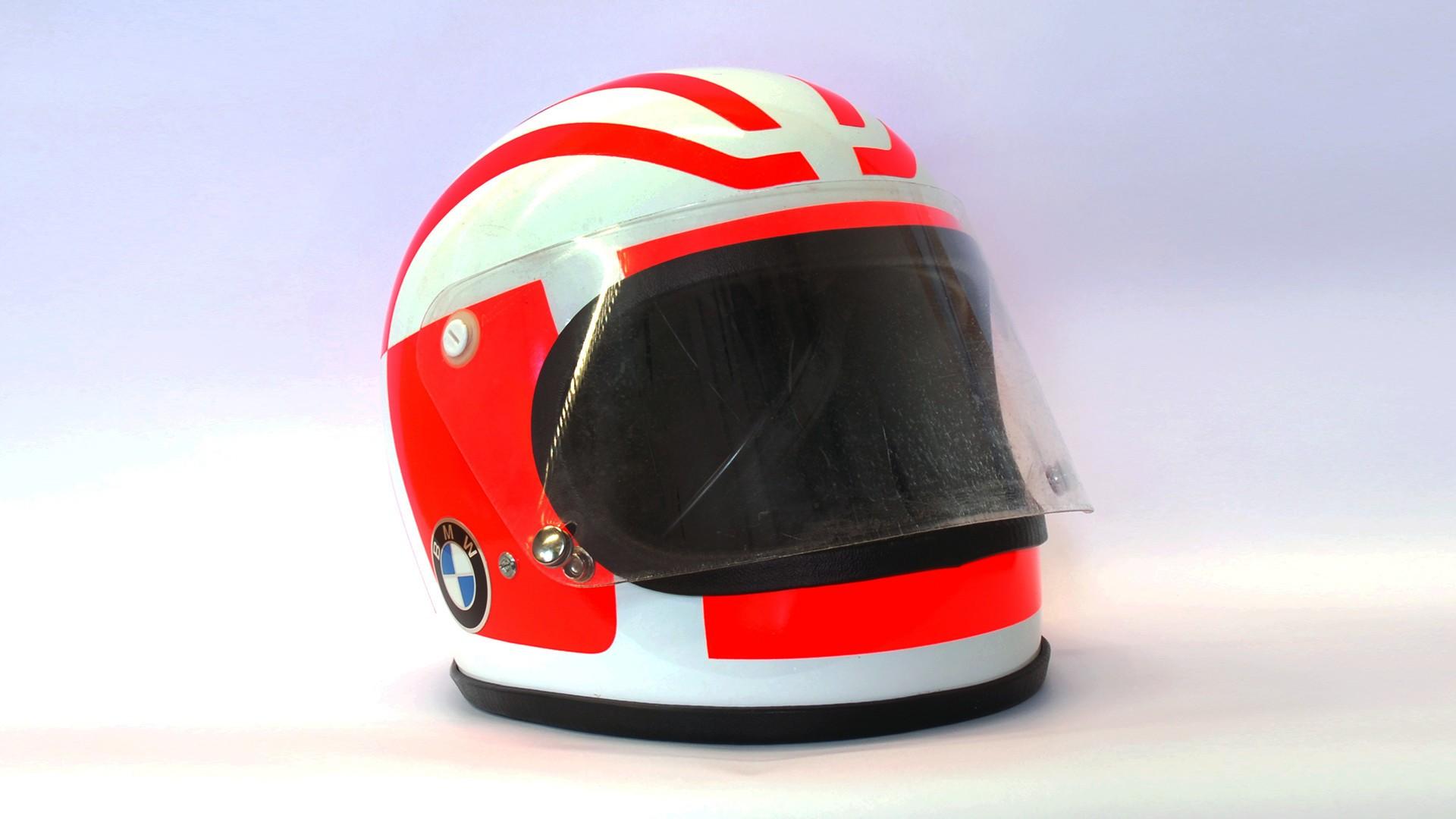 1976 год – первый шлем от BMW Motorrad