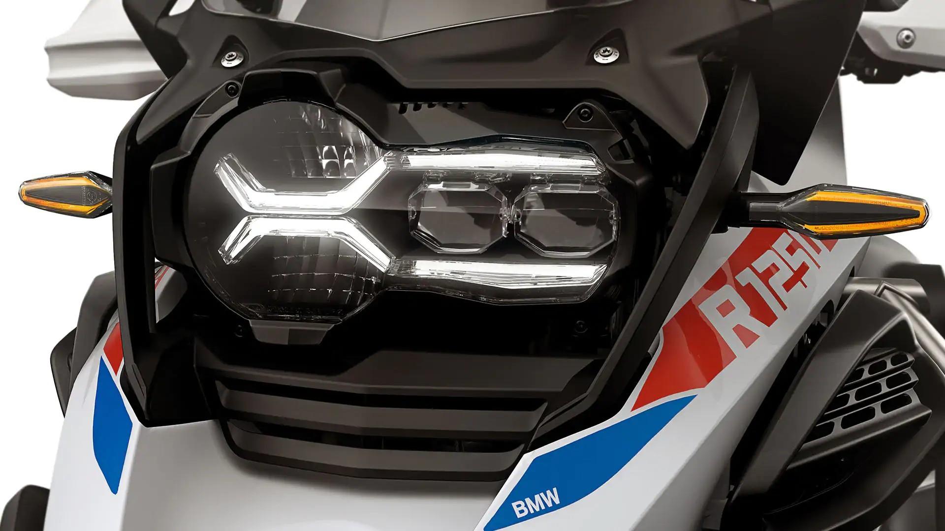 Светодиодные указатели поворота с функцией Cruising Light