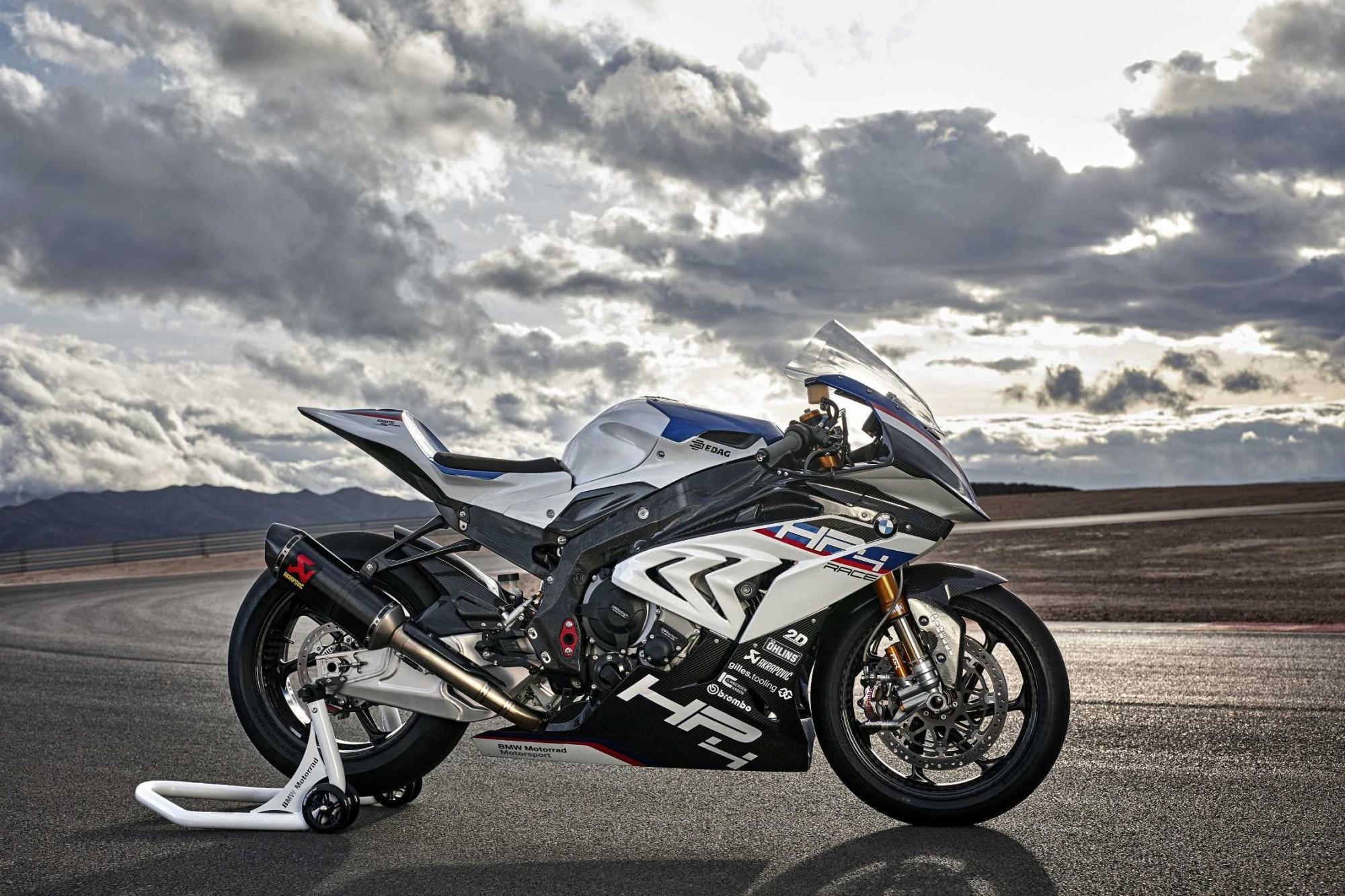BMW HP4 RACE — долгожданное обновление